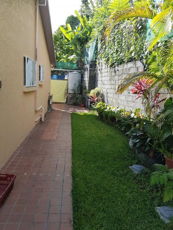 Vente maison / villa Les trois mares 335000€ - Photo 18