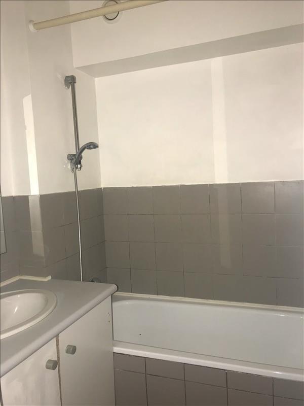 Location appartement Aix en provence 720€ CC - Photo 8
