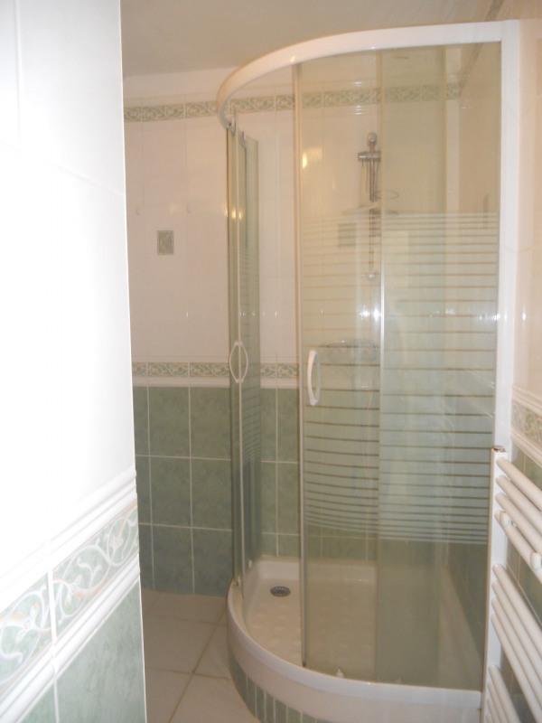 Vacation rental house / villa Saint-palais-sur-mer 438€ - Picture 9