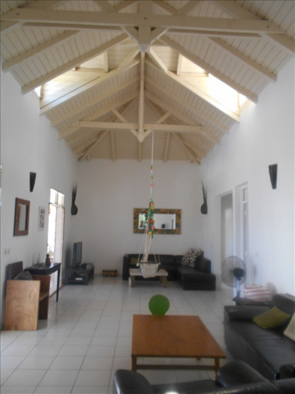 Investment property house / villa St francois 295 000€ - Picture 2