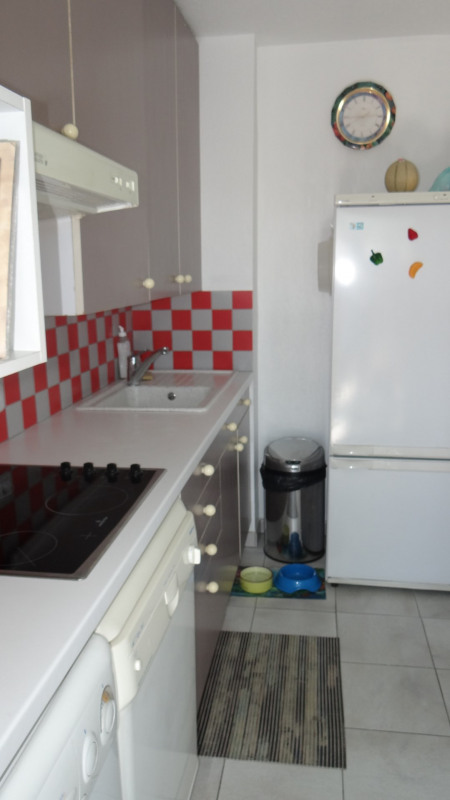 Location vacances appartement Cavalaire 520€ - Photo 6