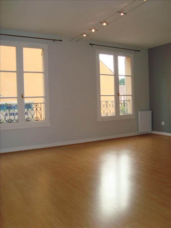 Location appartement Louveciennes 750€ CC - Photo 2