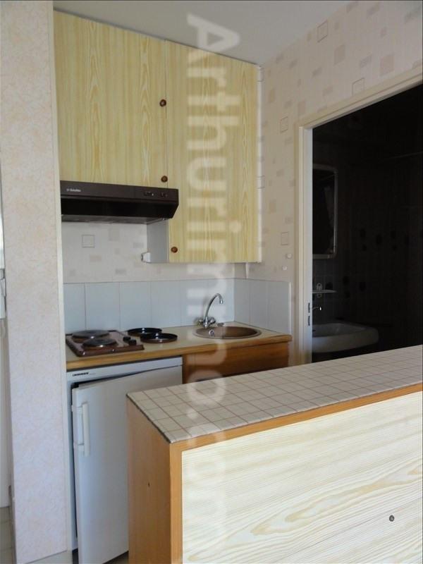 Rental apartment Frejus 531€ CC - Picture 4