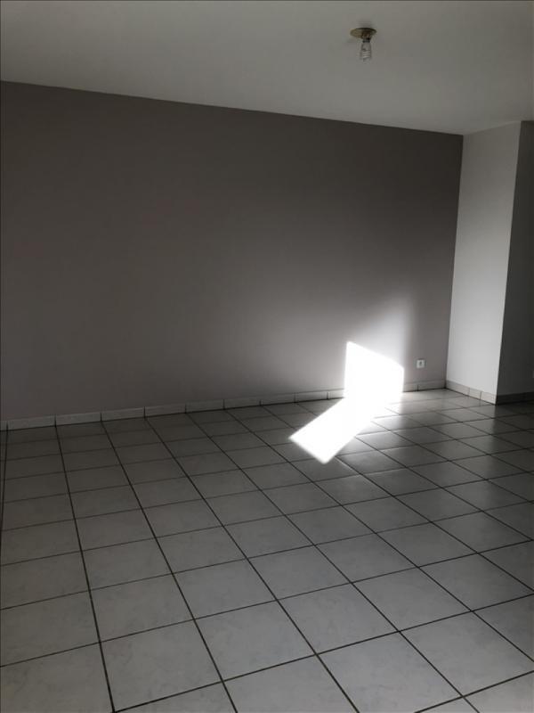 Location appartement St lys 565€ CC - Photo 3