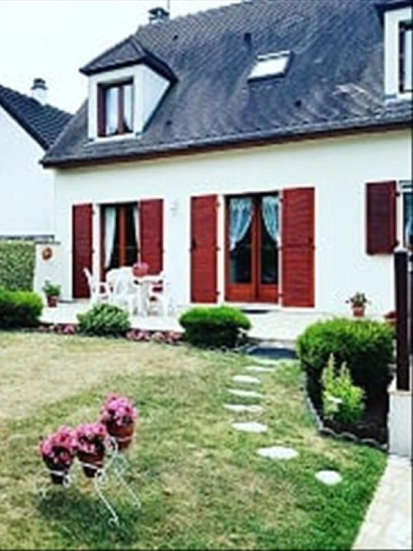 Sale house / villa Combs la ville 374 900€ - Picture 1