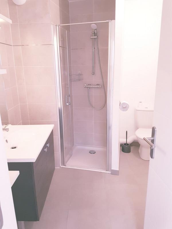 Location appartement Le pré-saint-gervais 940€ CC - Photo 8