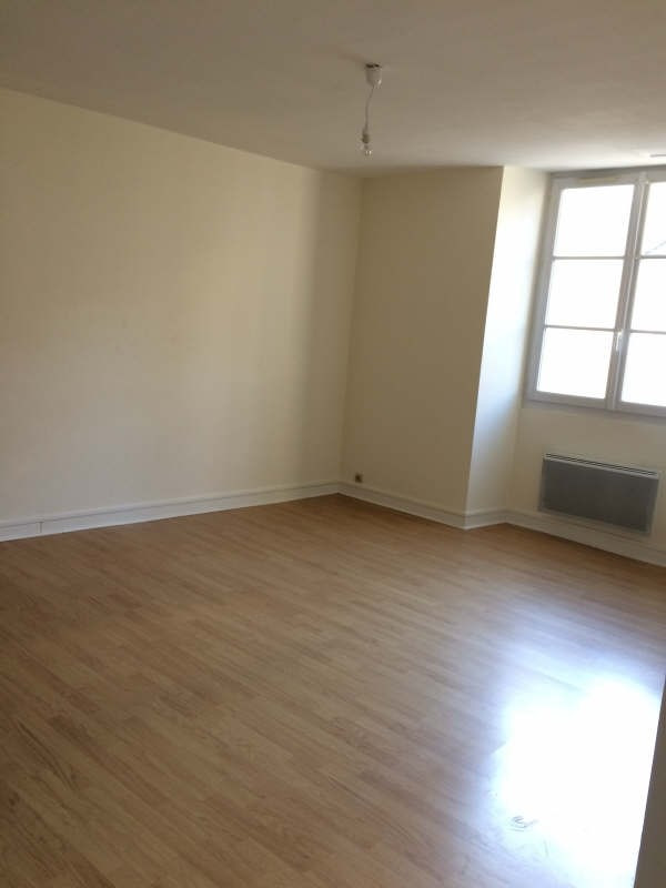 Rental apartment Poitiers 475€ CC - Picture 3