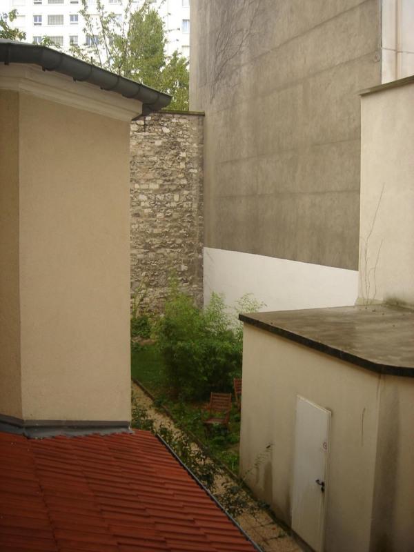 Rental apartment Paris 15ème 1075€ CC - Picture 2