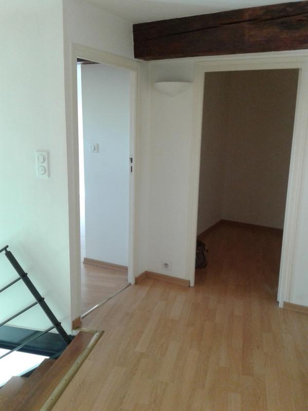 Location appartement Sainte foy les lyon 886€ CC - Photo 4