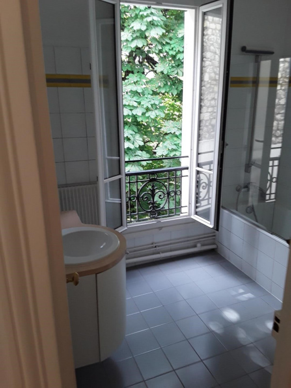 Rental apartment Paris 16ème 2 840€ CC - Picture 4