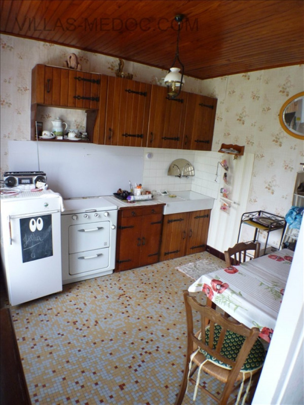 Sale house / villa Grayan et l hopital 195 000€ - Picture 9