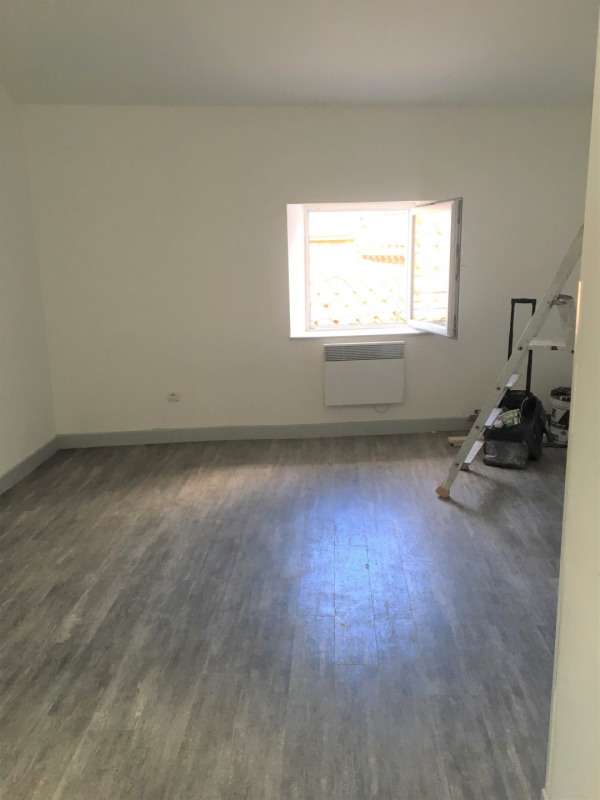 Location appartement Aubagne 505€ CC - Photo 2