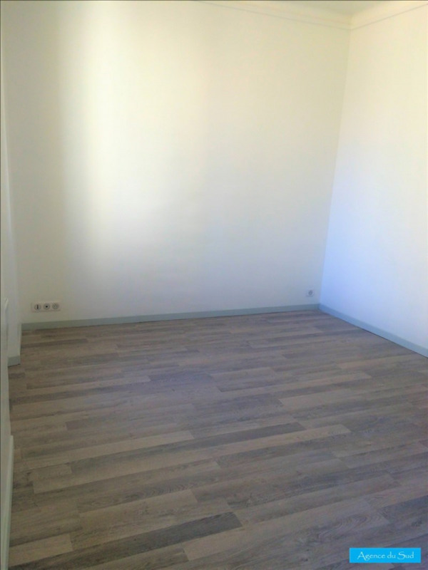 Location appartement Aubagne 460€ CC - Photo 3