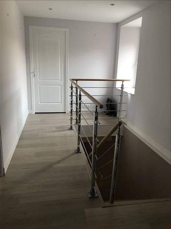 Rental house / villa Montereau fault yonne 879€ CC - Picture 6