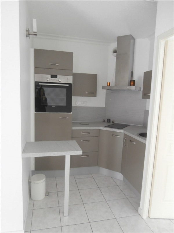 Location appartement Manosque 530€ CC - Photo 2
