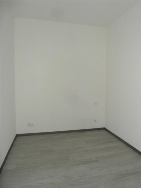 Rental apartment Cognac 414€ CC - Picture 5