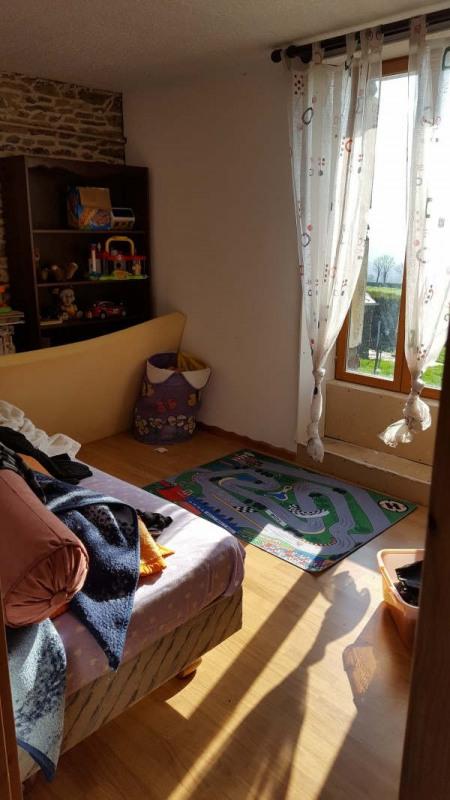 Sale house / villa Aunay sur odon 118250€ - Picture 4
