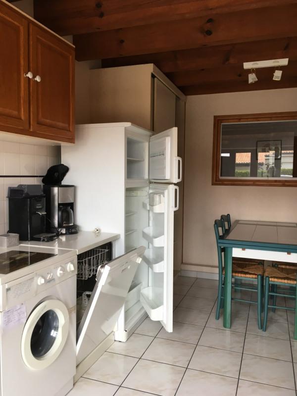 Vacation rental house / villa Vaux sur mer 647€ - Picture 5