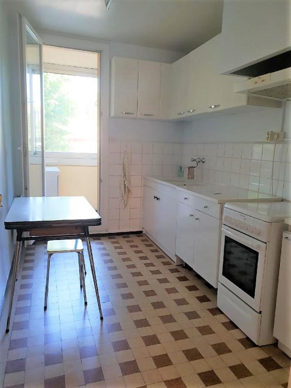 Location appartement Marseille 4ème 824€ CC - Photo 3