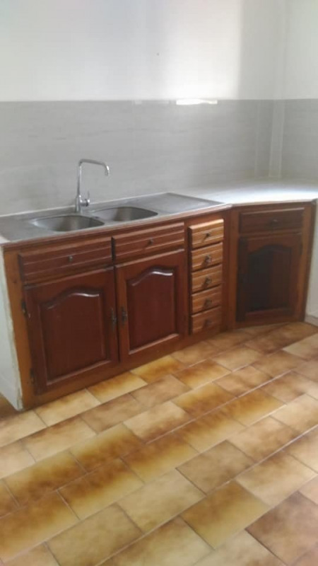 Rental apartment St claude 650€ CC - Picture 2