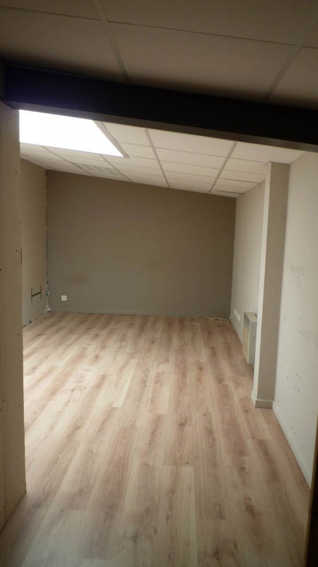 Location bureau Chavanod 615€ +CH/ HT - Photo 3