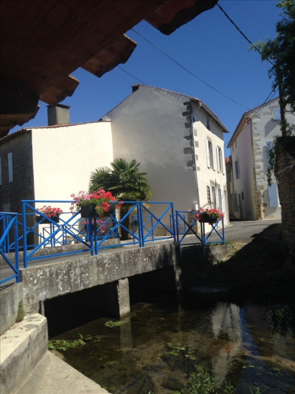 Sale house / villa Aulnay 89640€ - Picture 2