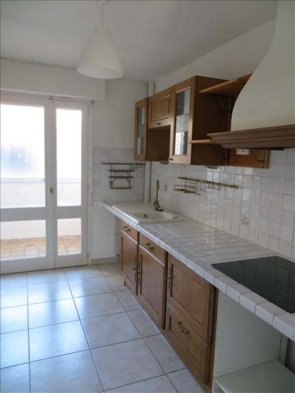 Rental apartment Aix en provence 980€ CC - Picture 1