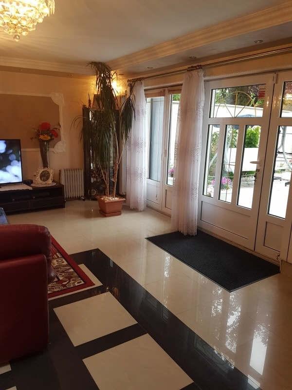 Sale house / villa Bobigny 315000€ - Picture 2