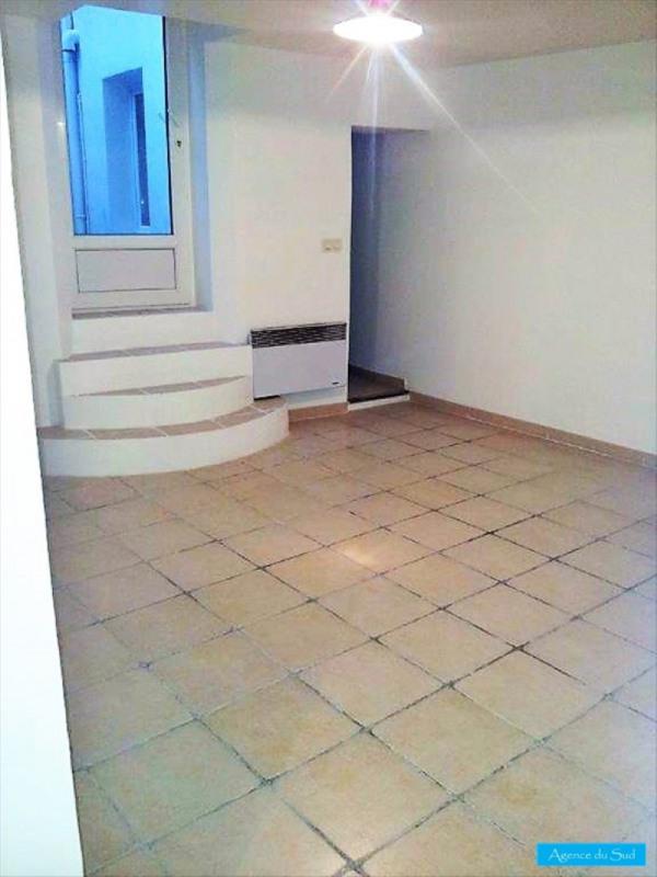 Location appartement Roquevaire 500€ CC - Photo 1