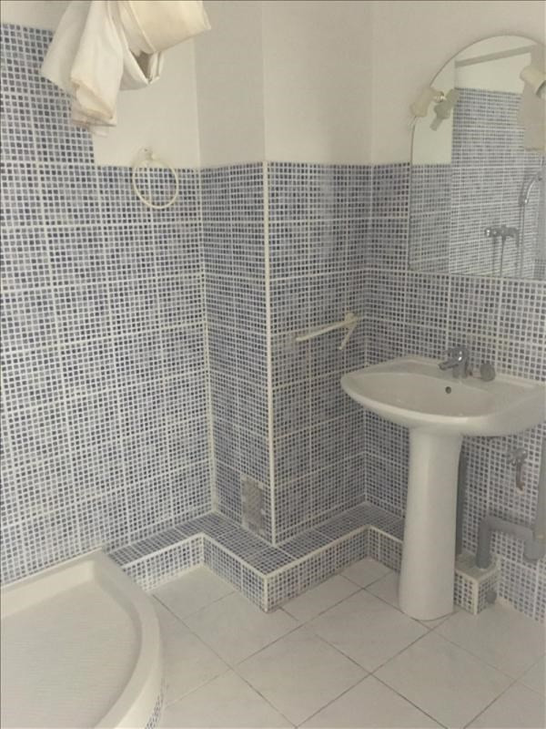 Location appartement Toulon 540€ CC - Photo 5