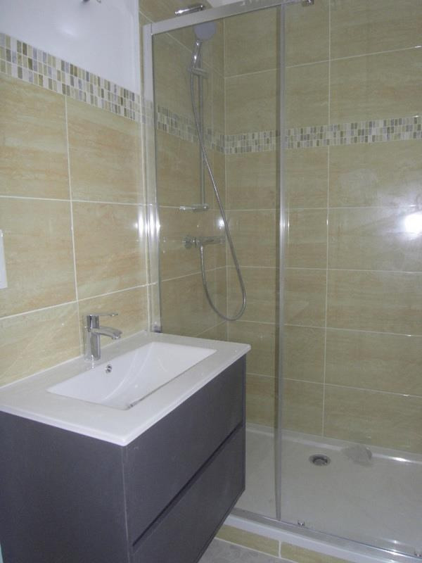 Rental apartment Cognac 515€ CC - Picture 5