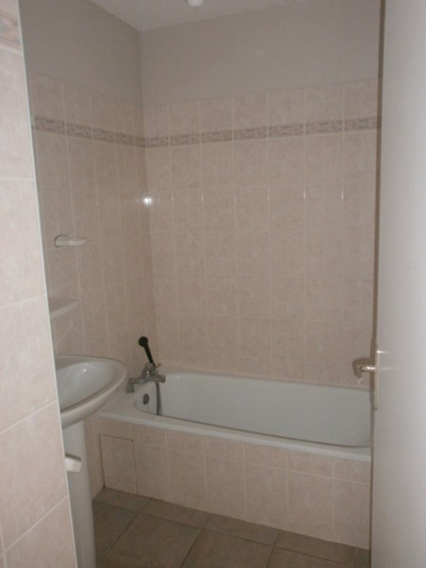 Location appartement Rodez 426€ CC - Photo 7