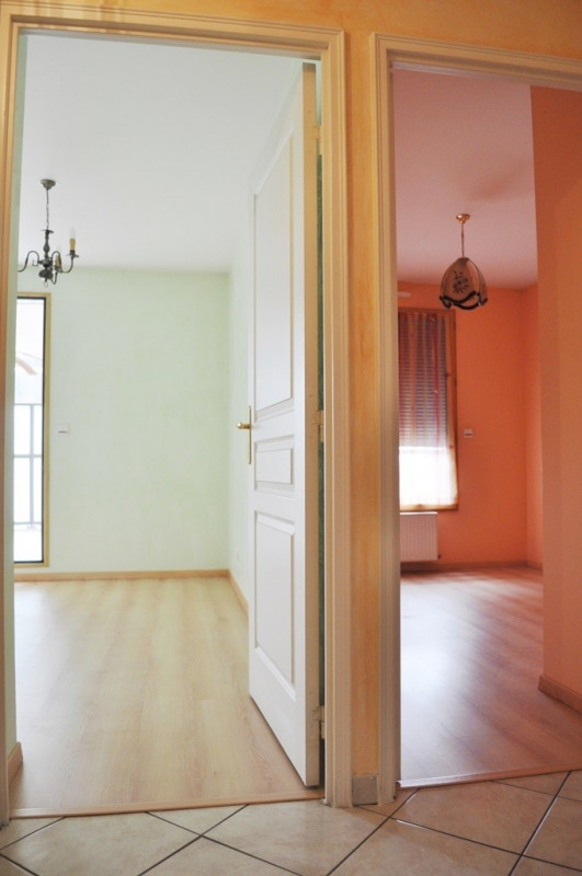 Sale apartment St fons 153 000€ - Picture 7