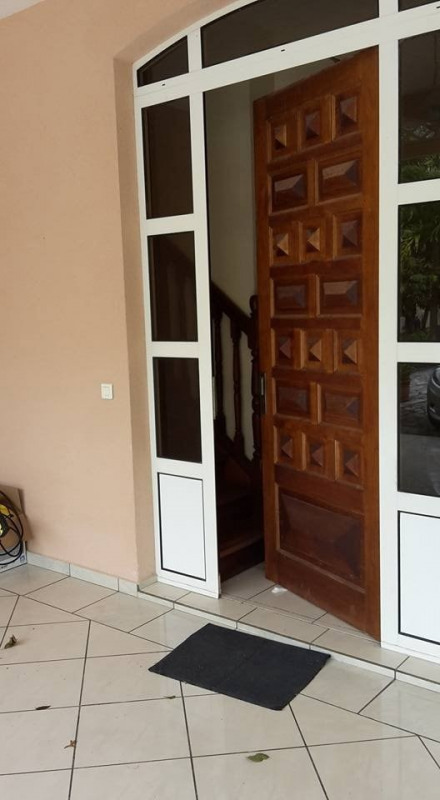 Deluxe sale house / villa Gourbeyre 553 850€ - Picture 13
