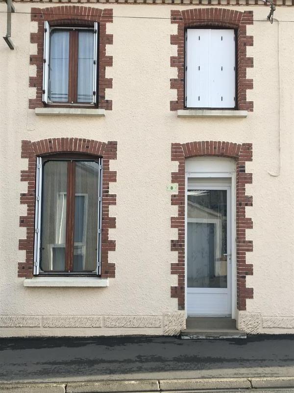 Vente maison / villa Le fief sauvin 75200€ - Photo 1