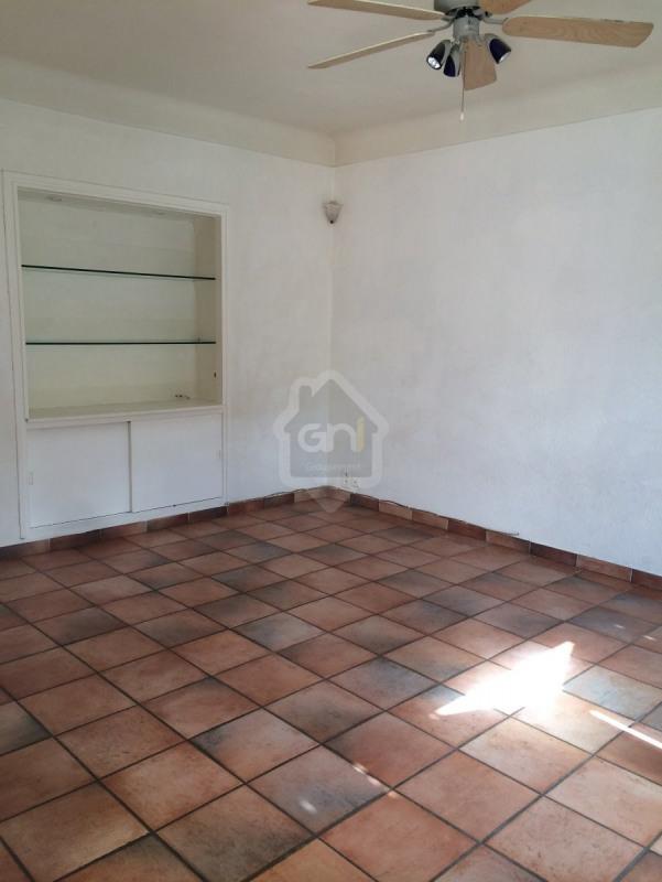 Location appartement Beaucaire 685€ CC - Photo 2