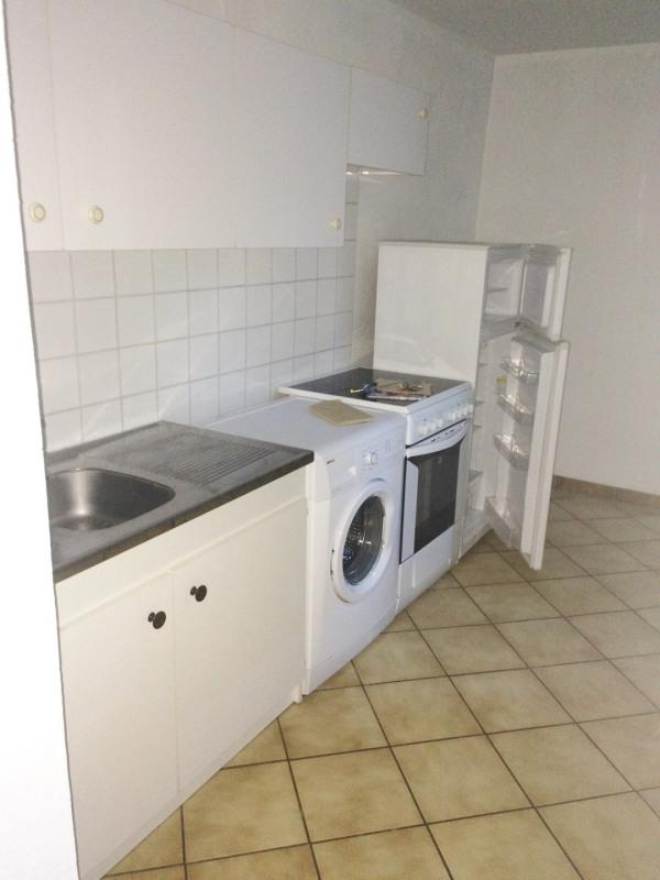 Location appartement Gemenos 500€ CC - Photo 2