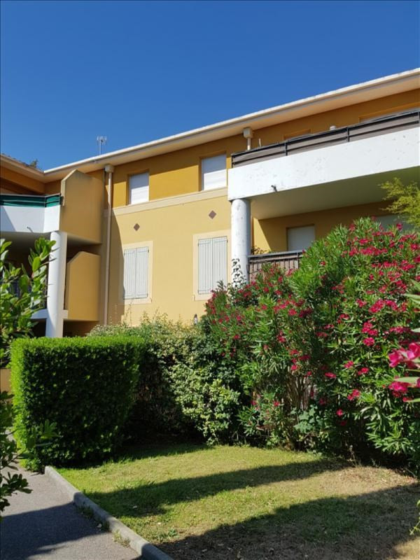Sale apartment Aubagne 133 000€ - Picture 1