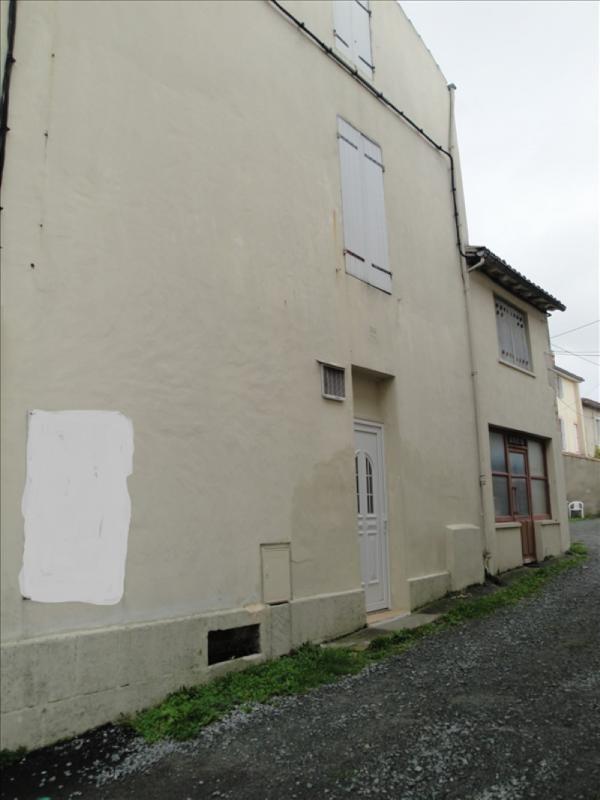 Sale building Niort 54500€ - Picture 2