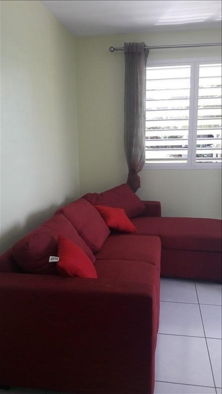 Rental apartment Ste anne 750€ CC - Picture 4