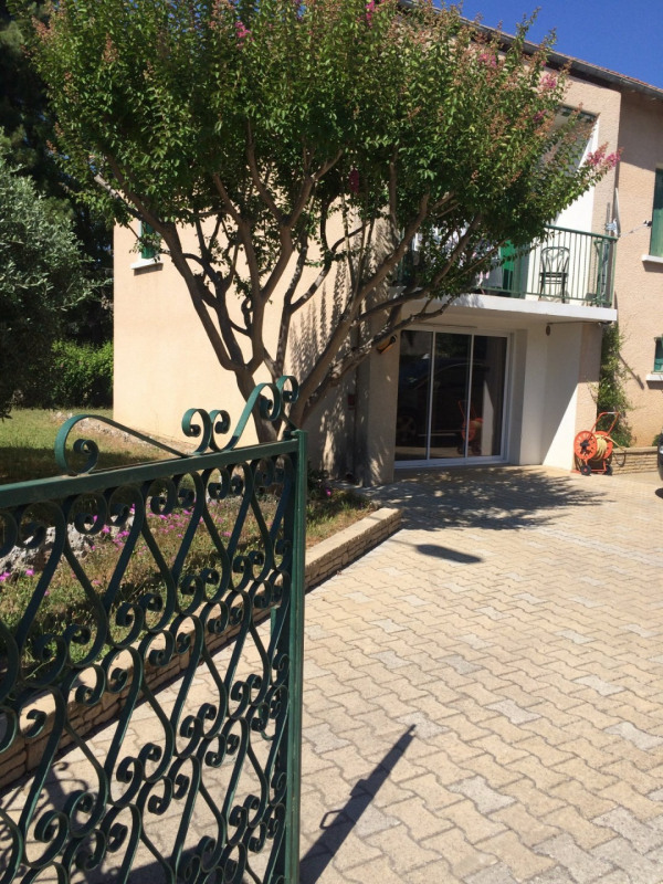 Sale house / villa Pertuis 335000€ - Picture 1