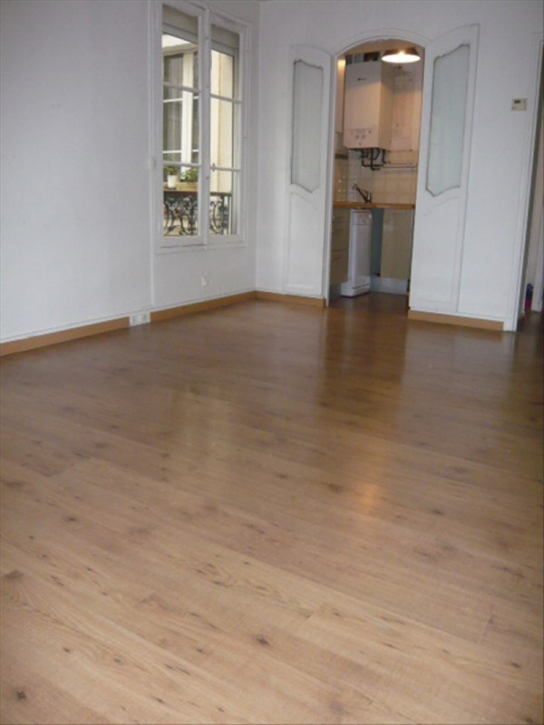 Rental apartment Paris 1er 1 720€ CC - Picture 1