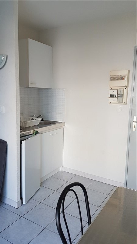 Location appartement Salon de provence 450€ CC - Photo 4