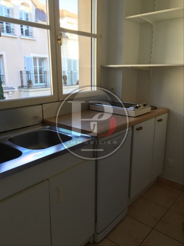 Location appartement Marly-le-roi 950€ CC - Photo 4