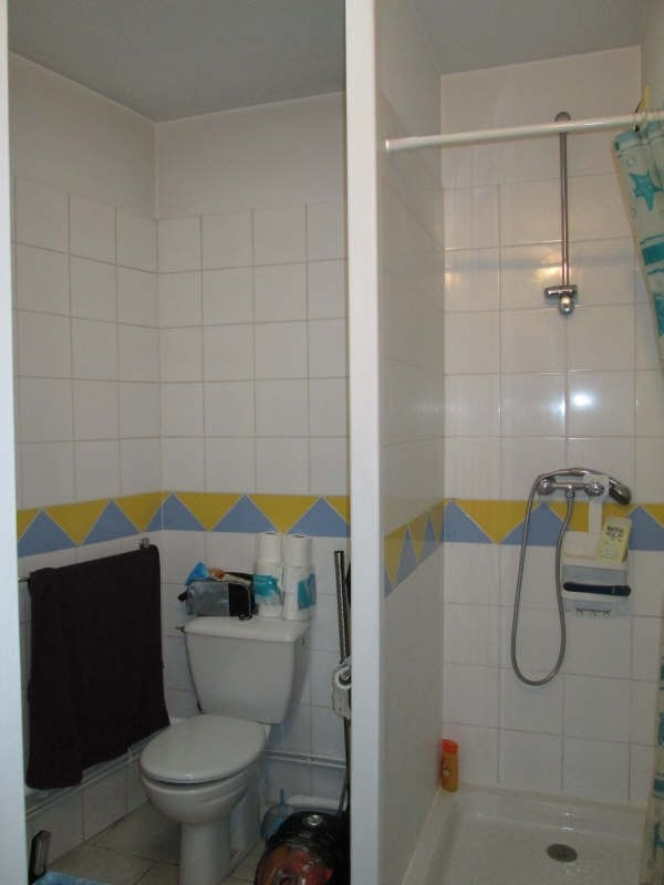 Rental apartment St andre de cubzac 380€ CC - Picture 2
