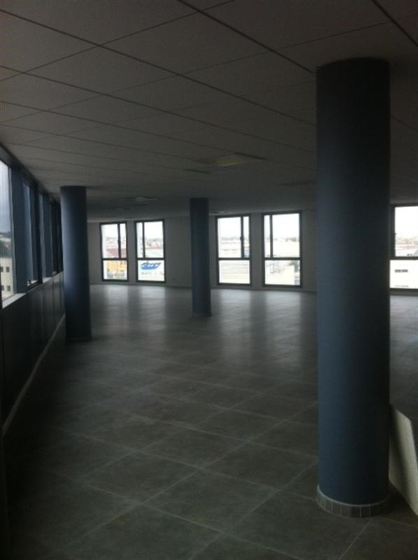 Location Bureau Villeneuve-le-Roi 0