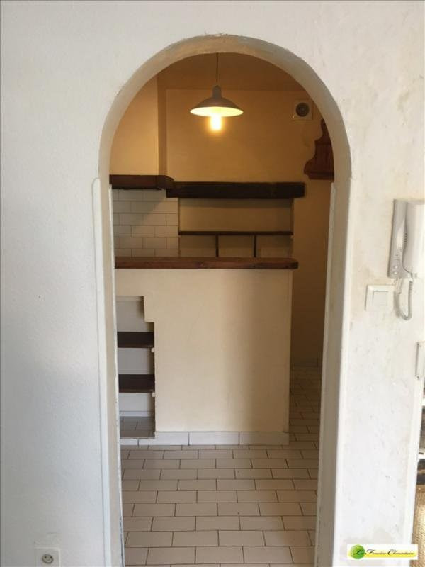 Rental apartment La couronne 296€ CC - Picture 6