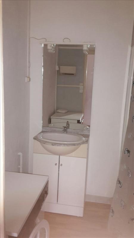 Rental apartment Riorges 340€ CC - Picture 8