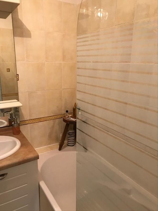 Sale apartment Salon de provence 126 000€ - Picture 3