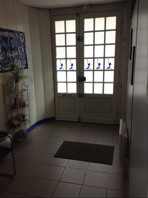 Location local commercial St quentin 1 000€ +CH/ HT - Photo 2